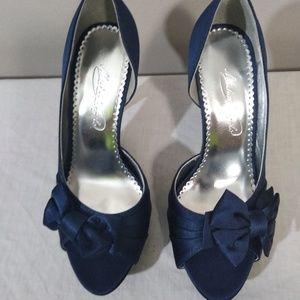 """Michael Angelo Navy blue 3"""" heels"""